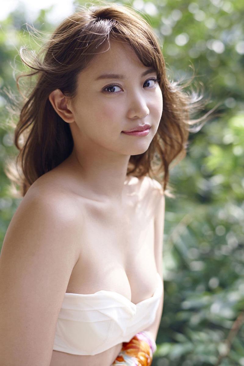 【永尾まりやグラビア画像】元AKB48アイドルが披露するグラビアアイドルにも負けないセクシーショット! 34