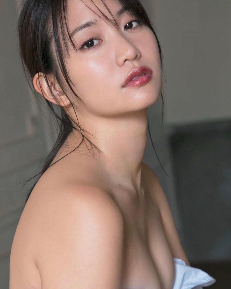 【永尾まりやグラビア画像】元AKB48アイドルが披露するグラビアアイドルにも負けないセクシーショット! 55