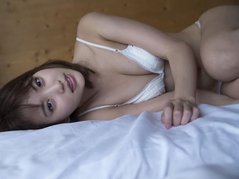 【永尾まりやグラビア画像】元AKB48アイドルが披露するグラビアアイドルにも負けないセクシーショット! 78