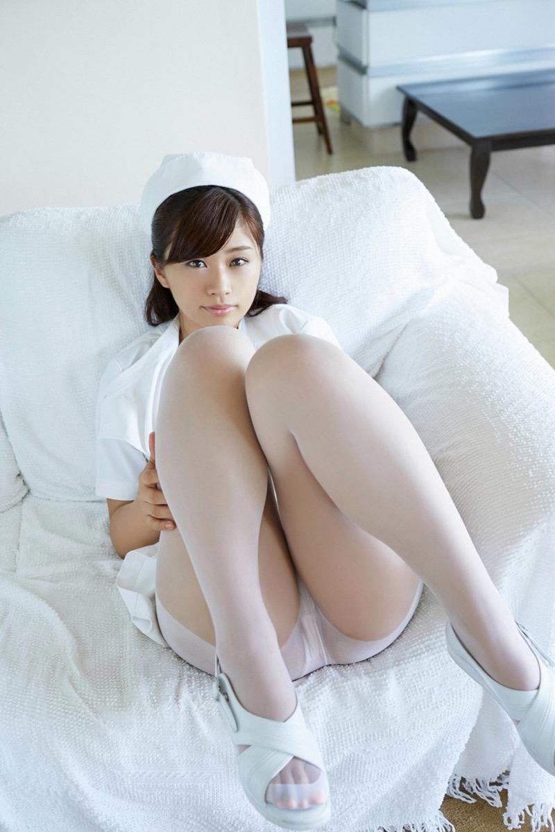 【安枝瞳グラビア画像】セクシーランジェリーが似合っていて大きなお尻がエロいピコ太郎の嫁さんwwww 85