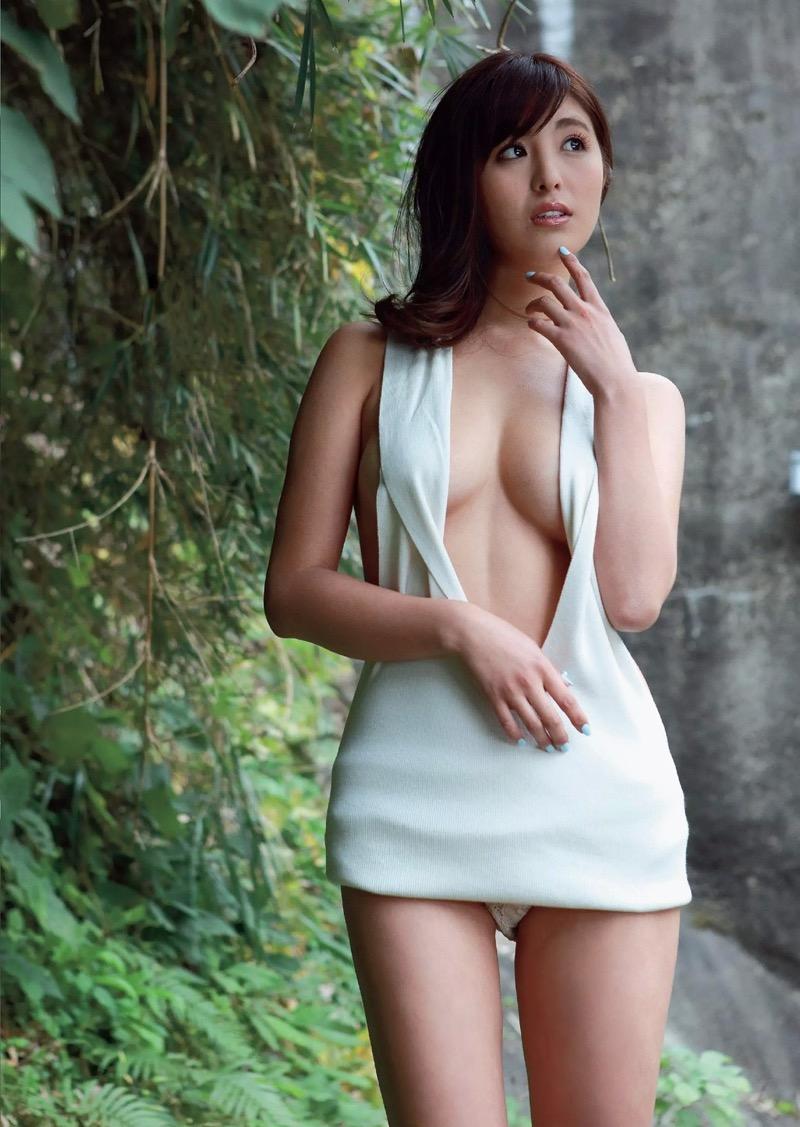 【柳いろはグラビア画像】紐ビキニから今にもハミ乳ポロリしそうなたわわなGカップ巨乳がめちゃエロ! 84