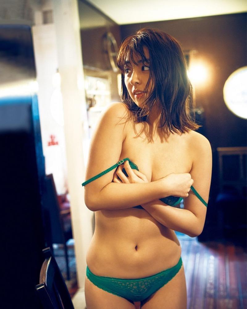 【柳ゆり菜グラビア画像】マッサンで女優としての才能を開花させたクビレボディがエロいEカップグラドル 46