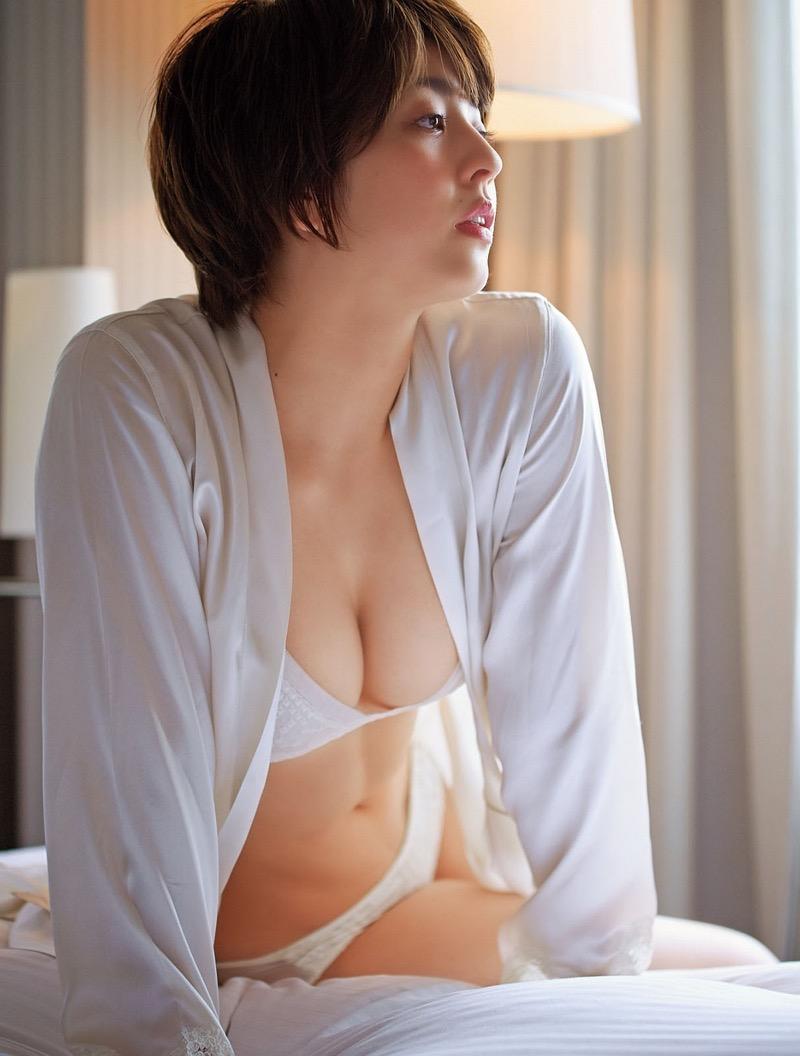 【柳ゆり菜グラビア画像】マッサンで女優としての才能を開花させたクビレボディがエロいEカップグラドル 62