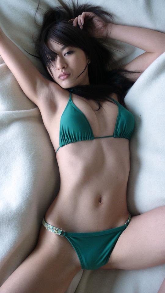 【山口沙紀グラビア画像】ギャル系のセクシーでちょっといやらしい雰囲気がヌケるDカップグラドル 05