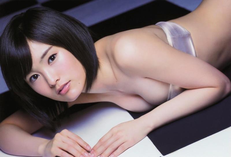 【山本彩グラビア画像】NMB48卒業後もソロシンガーとして歌手活動を貫いているスタイル抜群なお姉さん 08