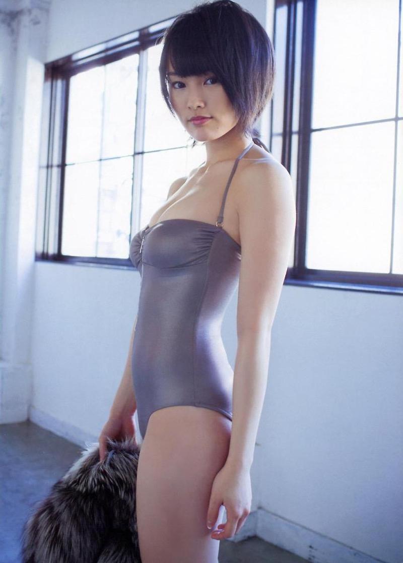【山本彩グラビア画像】NMB48卒業後もソロシンガーとして歌手活動を貫いているスタイル抜群なお姉さん 26