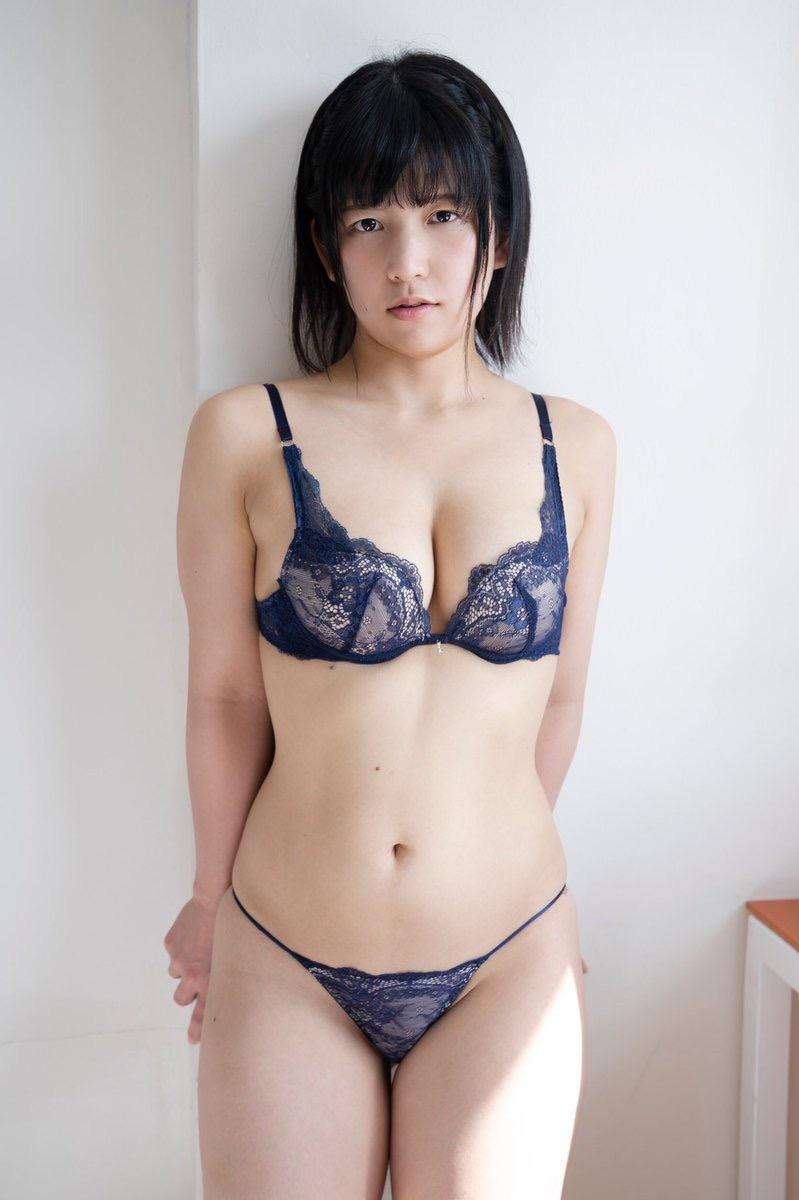 【加賀美あみエロ画像】元水泳選手っぽいショートヘアがボーイッシュなEカップ巨乳のグラビアアイドル 19