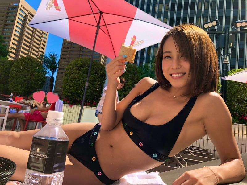 【犬童美乃梨エロ画像】Gカップ巨乳のめちゃシコなグラビアアイドルと一緒にお酒が飲めるってマジかよwwww 79