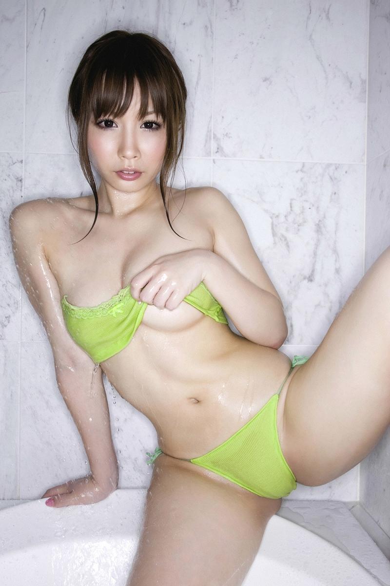 【吉見衣世グラビア画像】元グラビアアイドルが引退後ファッション系インスタグラマーとして話題になってたw 33