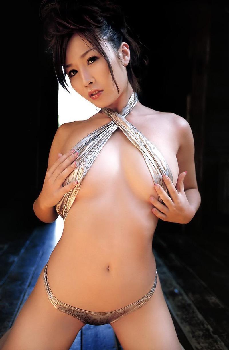 【吉見衣世グラビア画像】元グラビアアイドルが引退後ファッション系インスタグラマーとして話題になってたw 56