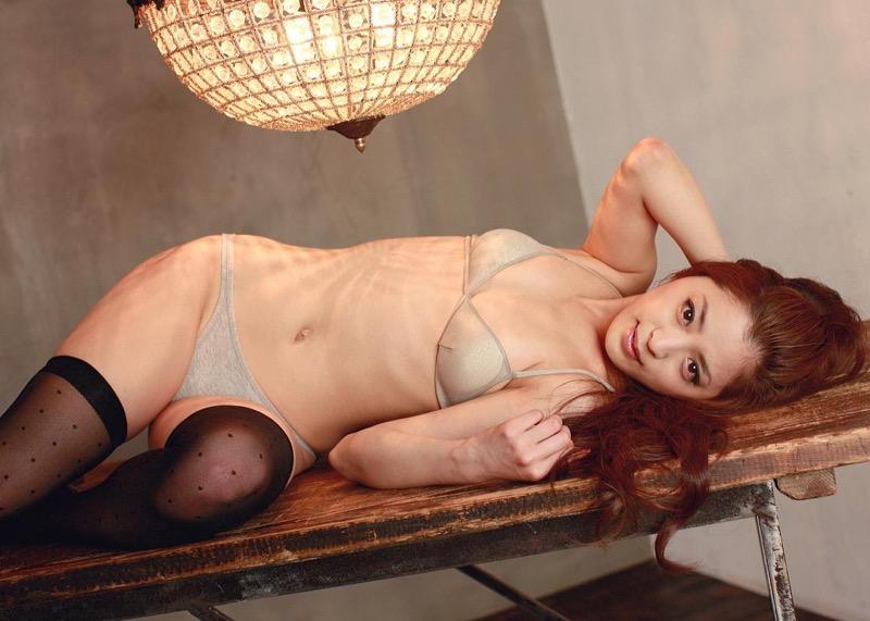【和田絵莉グラビア画像】オッパイは大きくないけどスレンダーなりのエロいボディラインがたまらんwwww 62