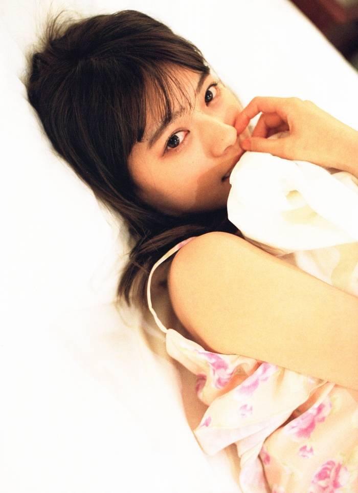 【西野七瀬グラビア画像】元乃木坂46アイドルの美少女がセクシーなランジェリー姿で悩殺してきたwwww 37