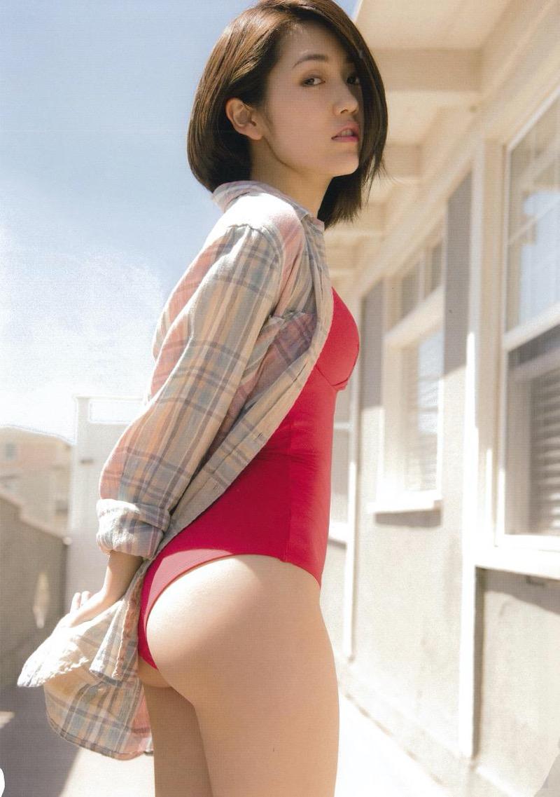 【渡辺麻友グラビア画像】笑顔が可愛いAKB48アイドルまゆゆのちょっとエッチなビキニ姿でヌキたい! 34