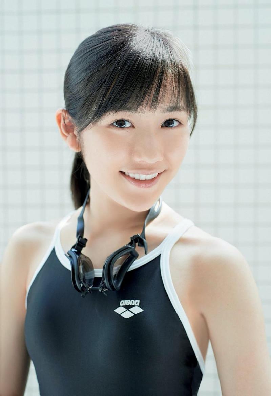 【渡辺麻友グラビア画像】笑顔が可愛いAKB48アイドルまゆゆのちょっとエッチなビキニ姿でヌキたい! 51