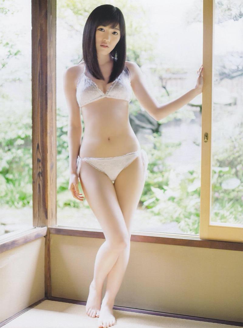 【渡辺麻友グラビア画像】笑顔が可愛いAKB48アイドルまゆゆのちょっとエッチなビキニ姿でヌキたい! 57