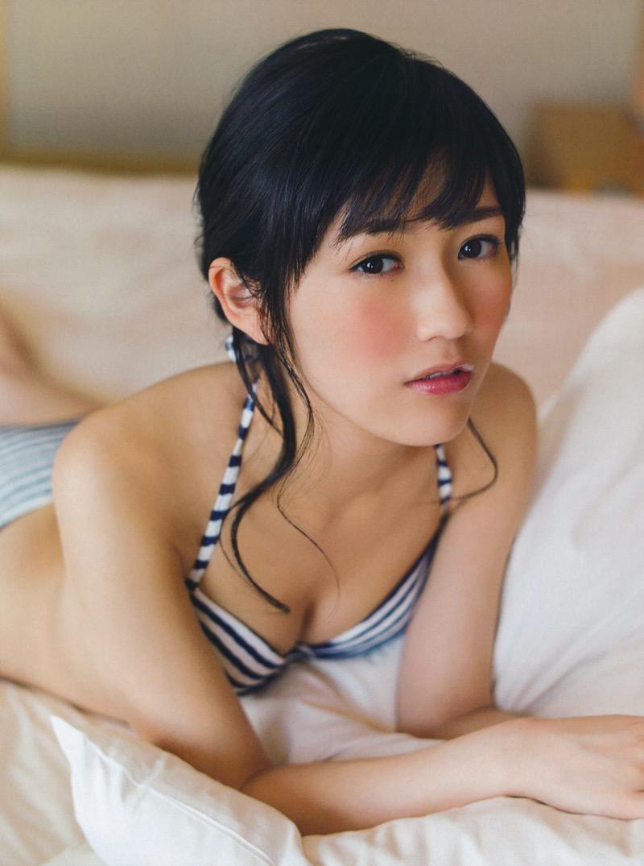 【渡辺麻友グラビア画像】笑顔が可愛いAKB48アイドルまゆゆのちょっとエッチなビキニ姿でヌキたい! 67