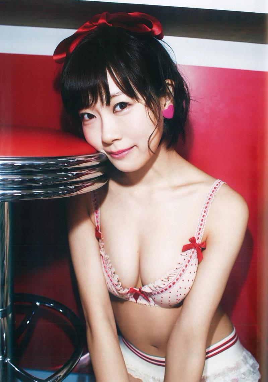 【渡辺美優紀グラビア画像】AKBグループの元アイドルが今まで披露してきた谷間全開な水着姿の数々がこちら! 46