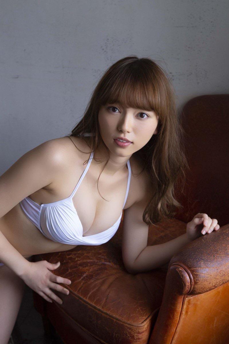 【小室さやかエロ画像】アイドルのような顔立ちとグラドルの様なエロい体つきのギャップがエロい! 43