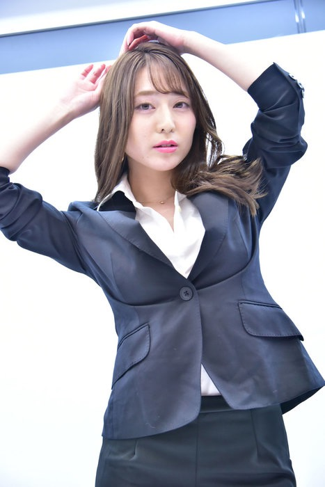 【堀尾実咲エロ画像】こんなセクシーで色っぽい女教師が居たら学校生活がワクワクでいっぱいだろうねw 05