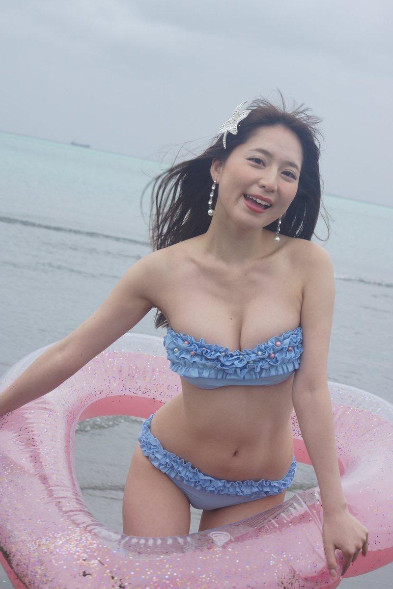 【堀尾実咲エロ画像】こんなセクシーで色っぽい女教師が居たら学校生活がワクワクでいっぱいだろうねw 24