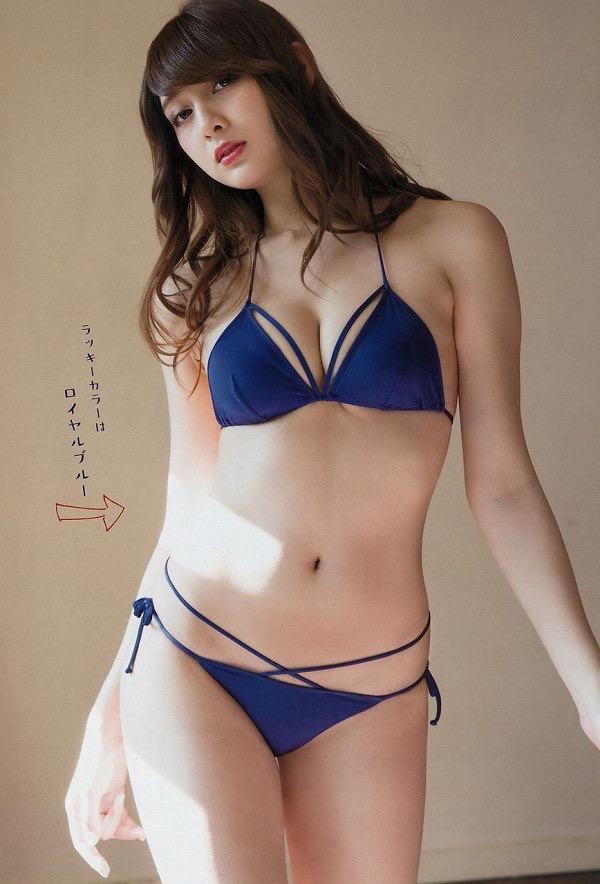 【美女の水着エロ画像】美人モデルがビキニ等のエッチな水着姿でグラビアを飾ったセクシー画像がこちら! 66