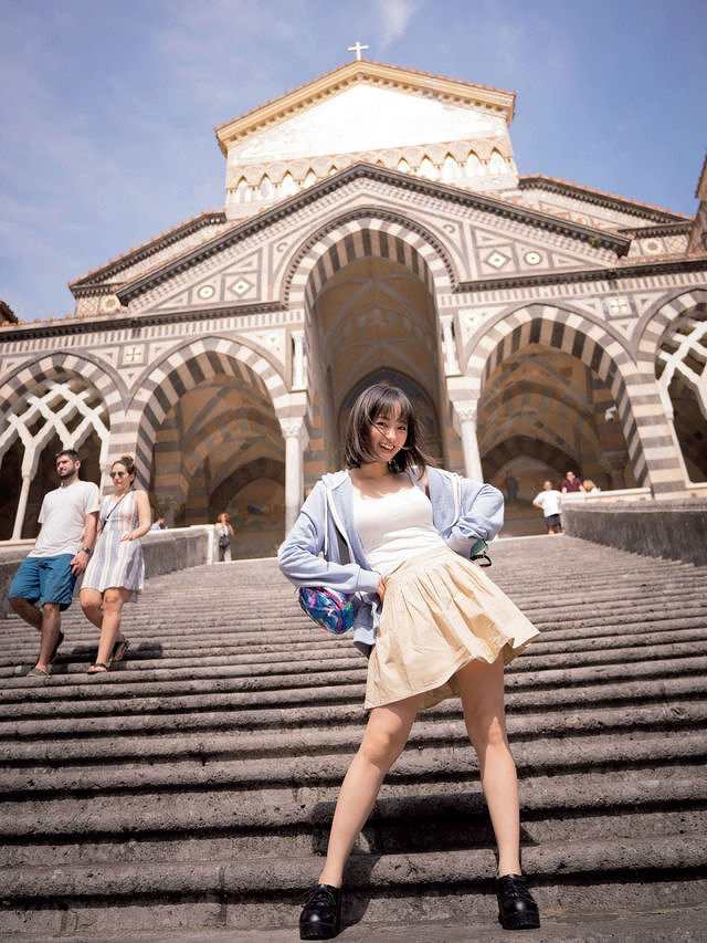 【今泉佑唯エロ画像】アイドルグループ欅坂46で一期生を務めた美少女の健康的なグラビア画像 15