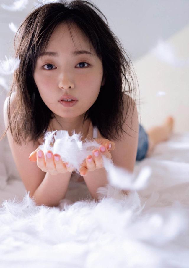 【今泉佑唯エロ画像】アイドルグループ欅坂46で一期生を務めた美少女の健康的なグラビア画像 24