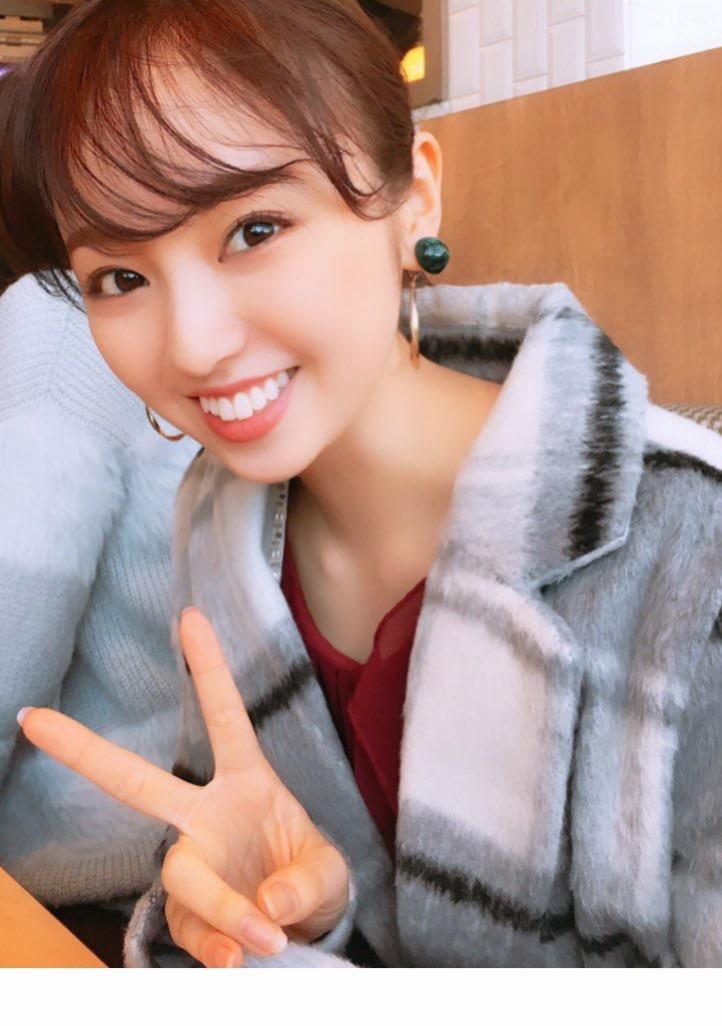 【今泉佑唯エロ画像】アイドルグループ欅坂46で一期生を務めた美少女の健康的なグラビア画像 40
