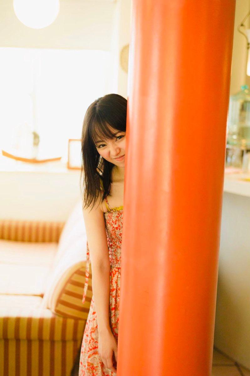 【今泉佑唯エロ画像】アイドルグループ欅坂46で一期生を務めた美少女の健康的なグラビア画像 47