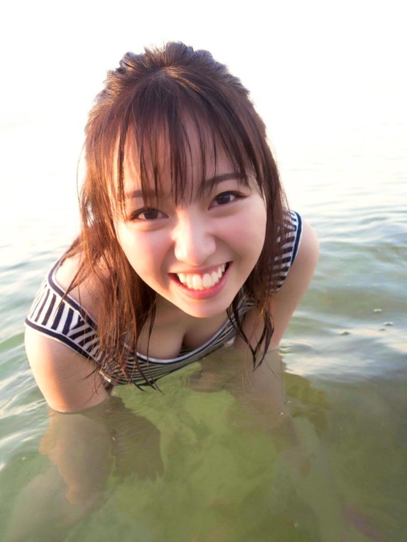 【今泉佑唯エロ画像】アイドルグループ欅坂46で一期生を務めた美少女の健康的なグラビア画像 60