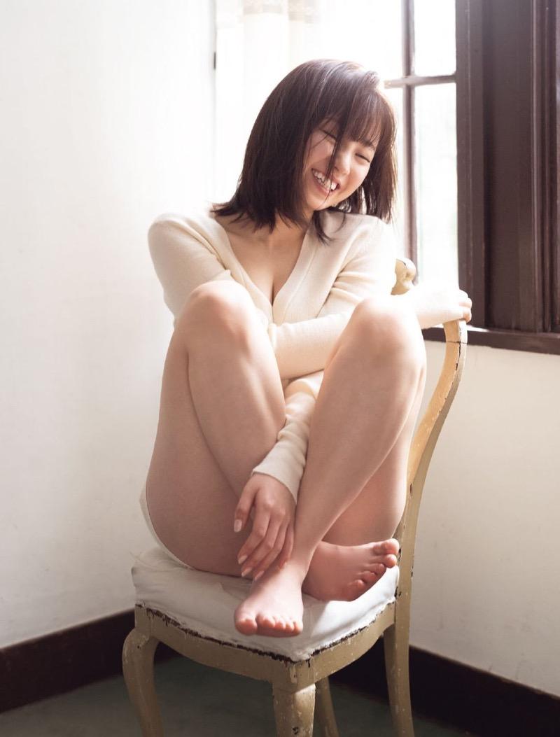 【今泉佑唯エロ画像】アイドルグループ欅坂46で一期生を務めた美少女の健康的なグラビア画像 63