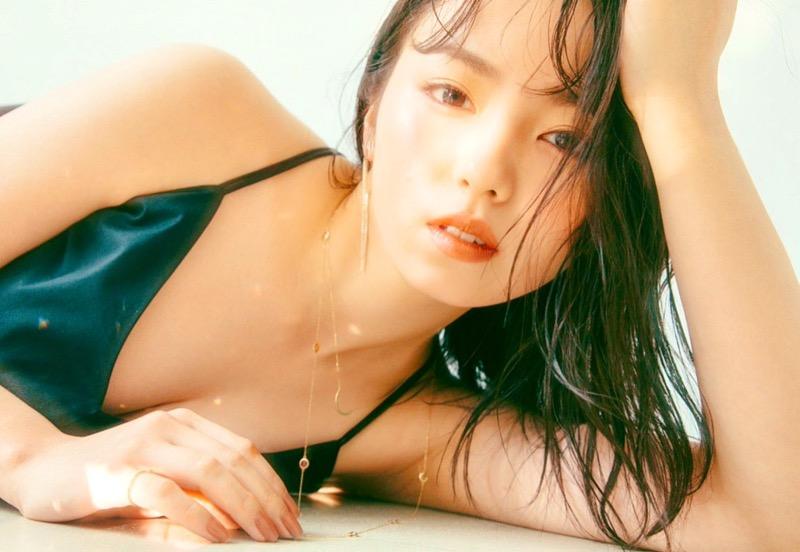 【今泉佑唯エロ画像】アイドルグループ欅坂46で一期生を務めた美少女の健康的なグラビア画像 78