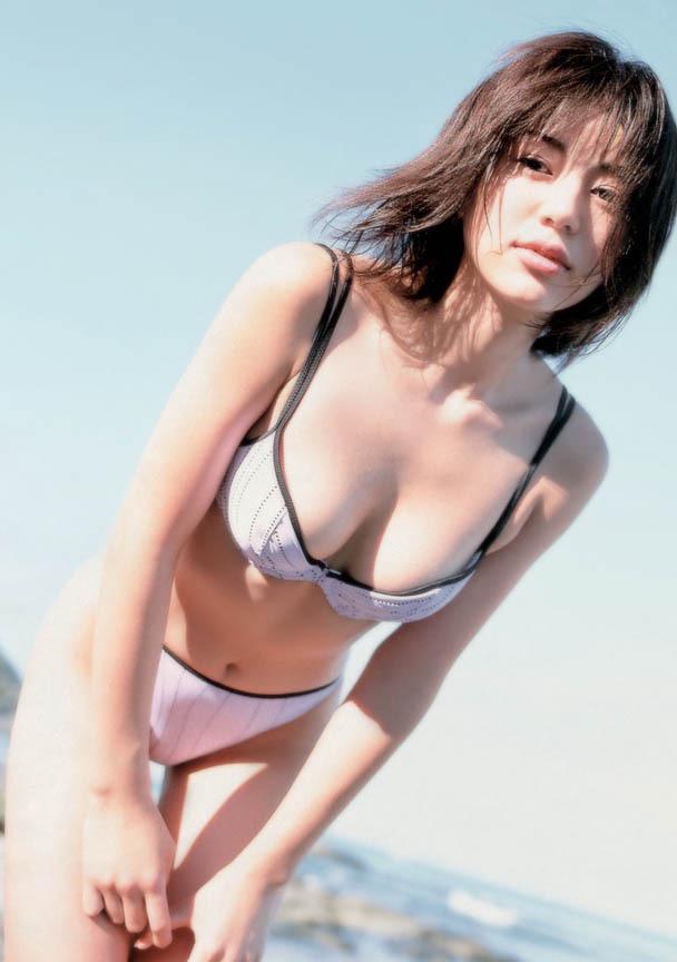 【井川遥グラビア画像】40歳を越えて近頃インスタで綺麗と囁かれている美熟女が昔撮ったセクシー画像 27