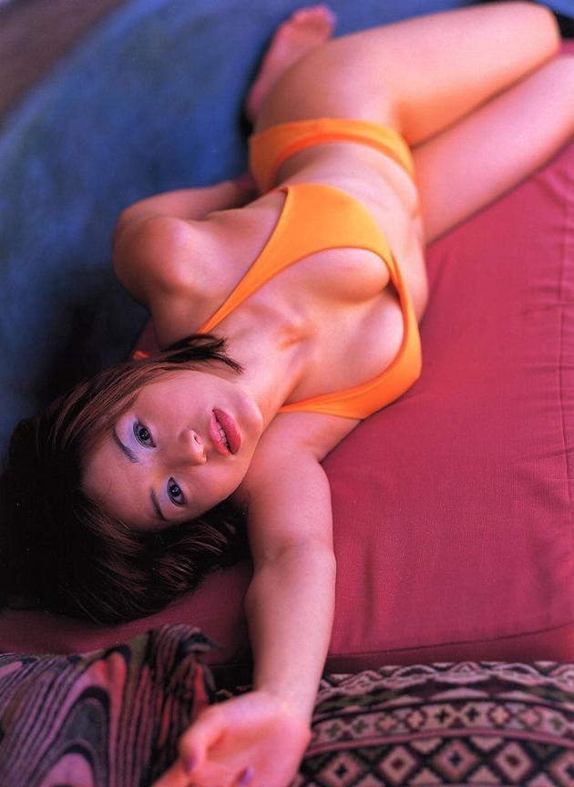 【井川遥グラビア画像】40歳を越えて近頃インスタで綺麗と囁かれている美熟女が昔撮ったセクシー画像 29