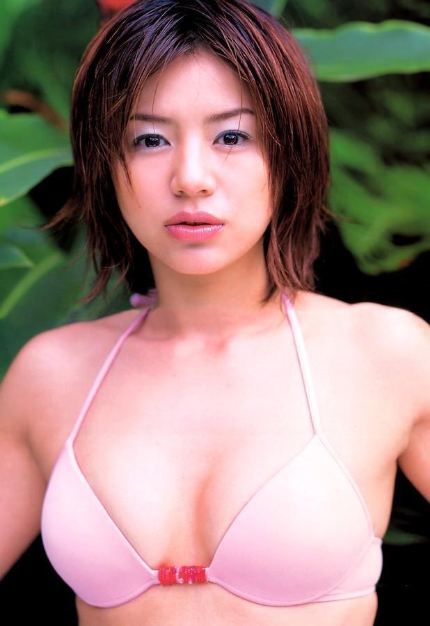 【井川遥グラビア画像】40歳を越えて近頃インスタで綺麗と囁かれている美熟女が昔撮ったセクシー画像 31