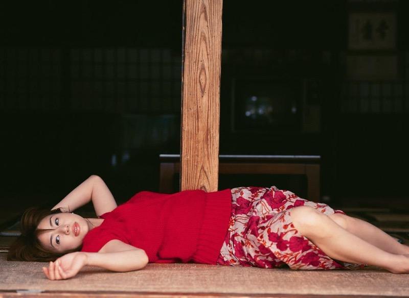 【井川遥グラビア画像】40歳を越えて近頃インスタで綺麗と囁かれている美熟女が昔撮ったセクシー画像 77