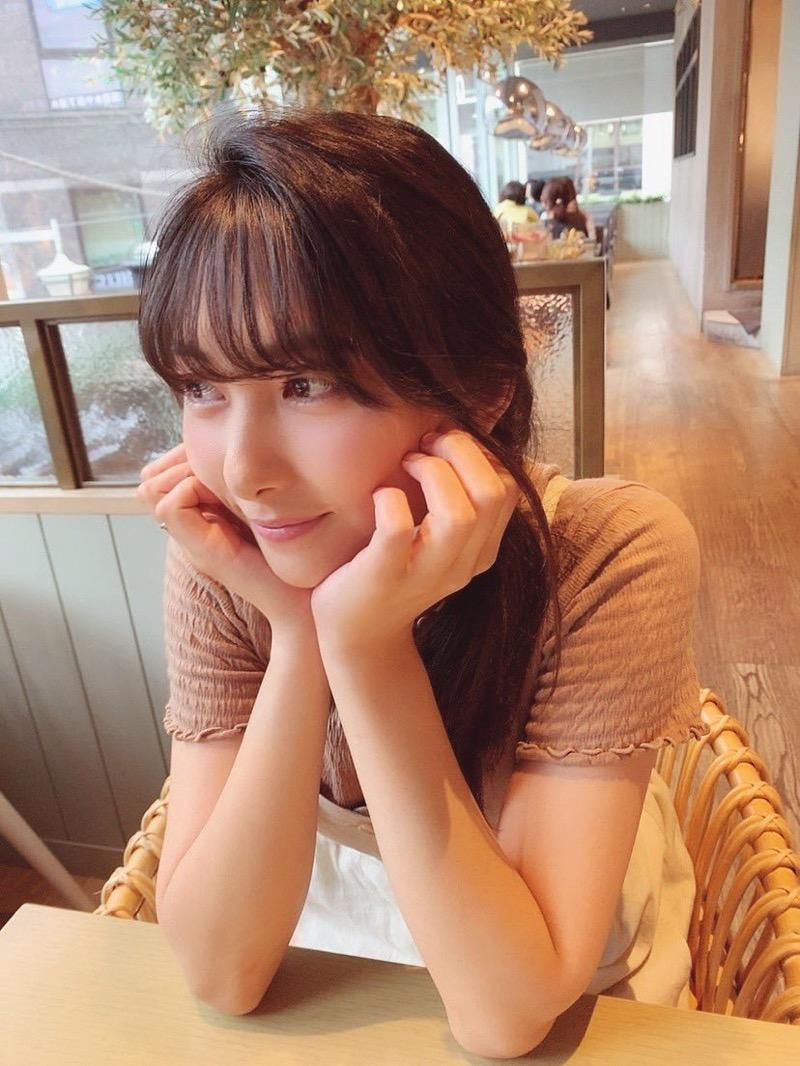 【南沙羽エロ画像】Fカップ巨乳の谷間をツイッターで見せつけてるサービス満点なグラビアアイドル 26