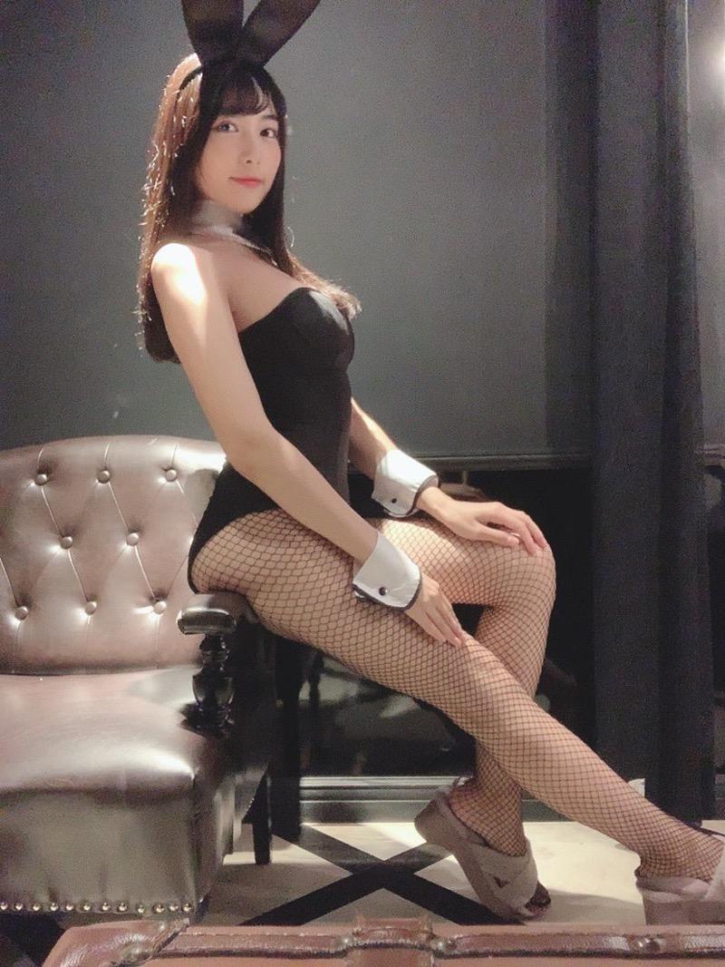 【南沙羽エロ画像】Fカップ巨乳の谷間をツイッターで見せつけてるサービス満点なグラビアアイドル 45