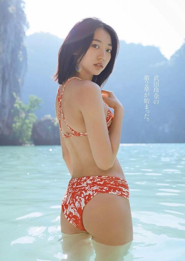 【武田玲奈グラビア画像】スレンダーだけどクビレがあるビキニ姿がエッチなショートカット美少女 27
