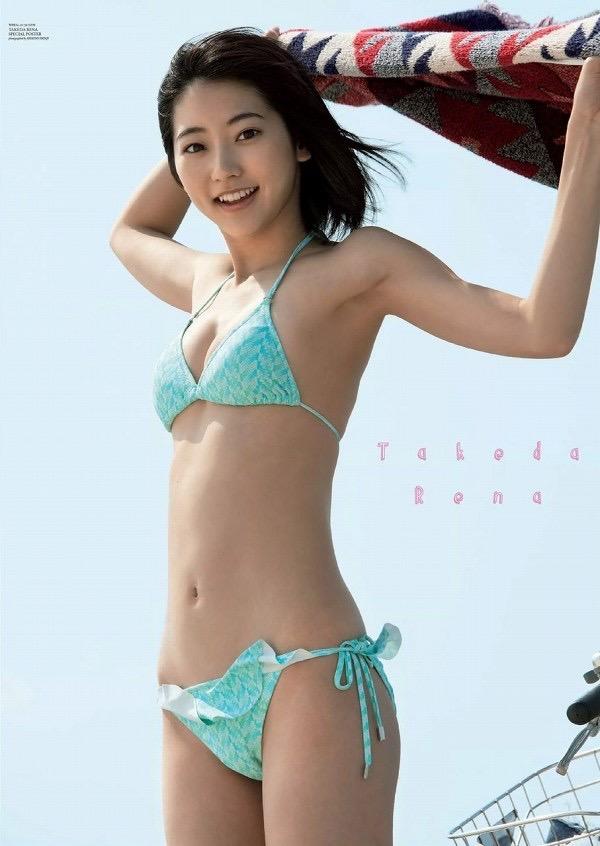 【武田玲奈グラビア画像】スレンダーだけどクビレがあるビキニ姿がエッチなショートカット美少女 33