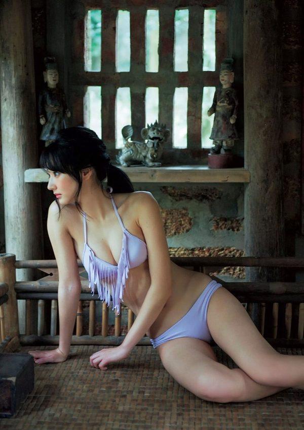 【武田玲奈グラビア画像】スレンダーだけどクビレがあるビキニ姿がエッチなショートカット美少女 34
