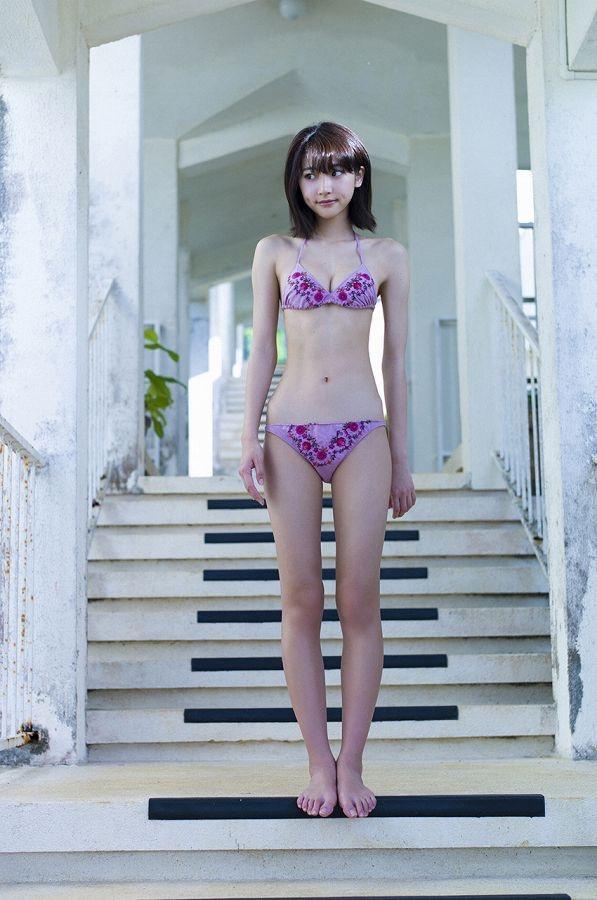 【武田玲奈グラビア画像】スレンダーだけどクビレがあるビキニ姿がエッチなショートカット美少女 65