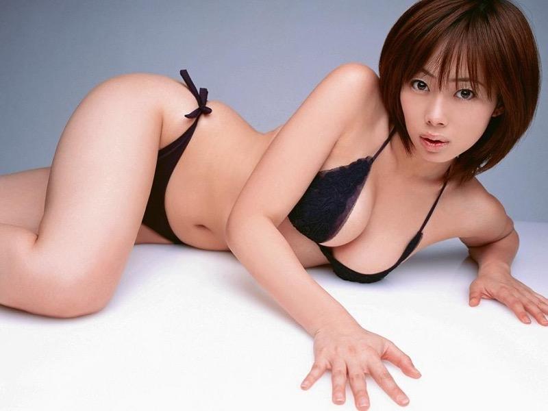 【井上和香グラビア画像】かつて「ワカパイ」と呼ばれたFカップ巨乳のグラビアアイドルの現在は?