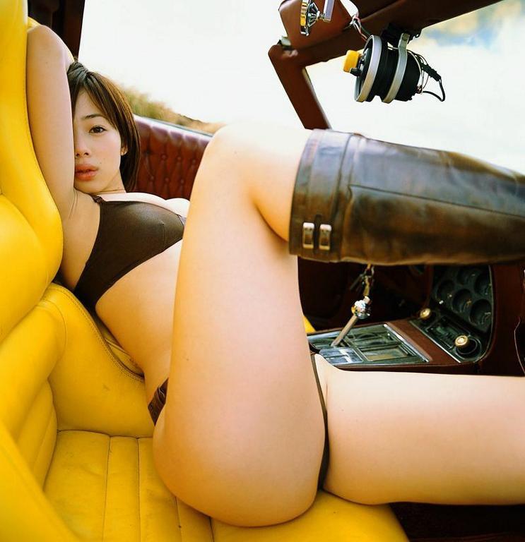 【井上和香グラビア画像】かつて「ワカパイ」と呼ばれたFカップ巨乳のグラビアアイドルの現在は? 18