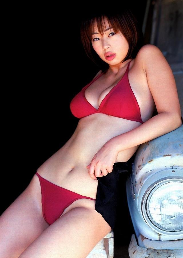 【井上和香グラビア画像】かつて「ワカパイ」と呼ばれたFカップ巨乳のグラビアアイドルの現在は? 19