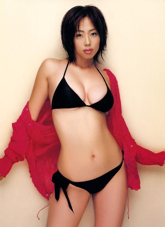 【井上和香グラビア画像】かつて「ワカパイ」と呼ばれたFカップ巨乳のグラビアアイドルの現在は? 24