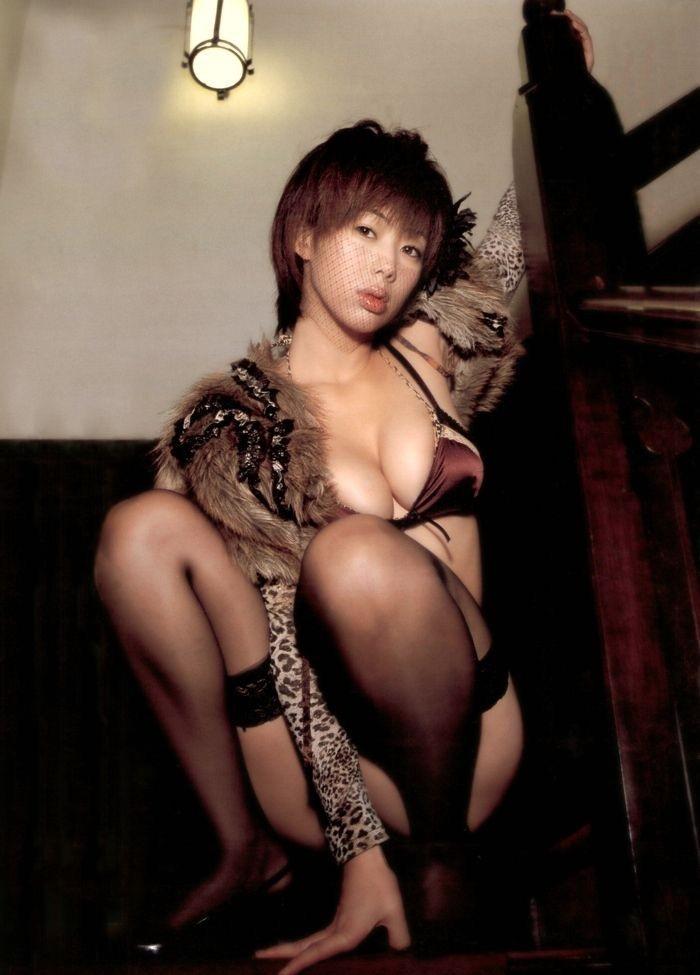 【井上和香グラビア画像】かつて「ワカパイ」と呼ばれたFカップ巨乳のグラビアアイドルの現在は? 28