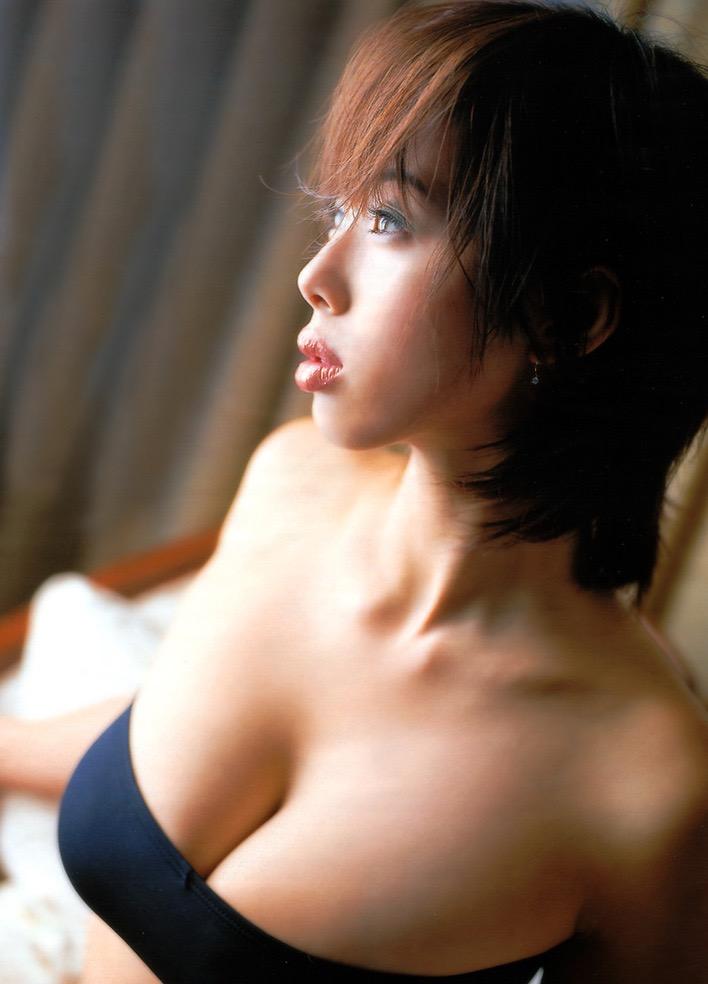 【井上和香グラビア画像】かつて「ワカパイ」と呼ばれたFカップ巨乳のグラビアアイドルの現在は? 31