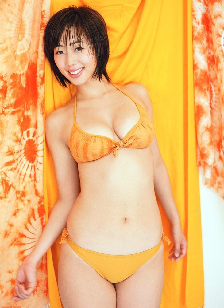 【井上和香グラビア画像】かつて「ワカパイ」と呼ばれたFカップ巨乳のグラビアアイドルの現在は? 34