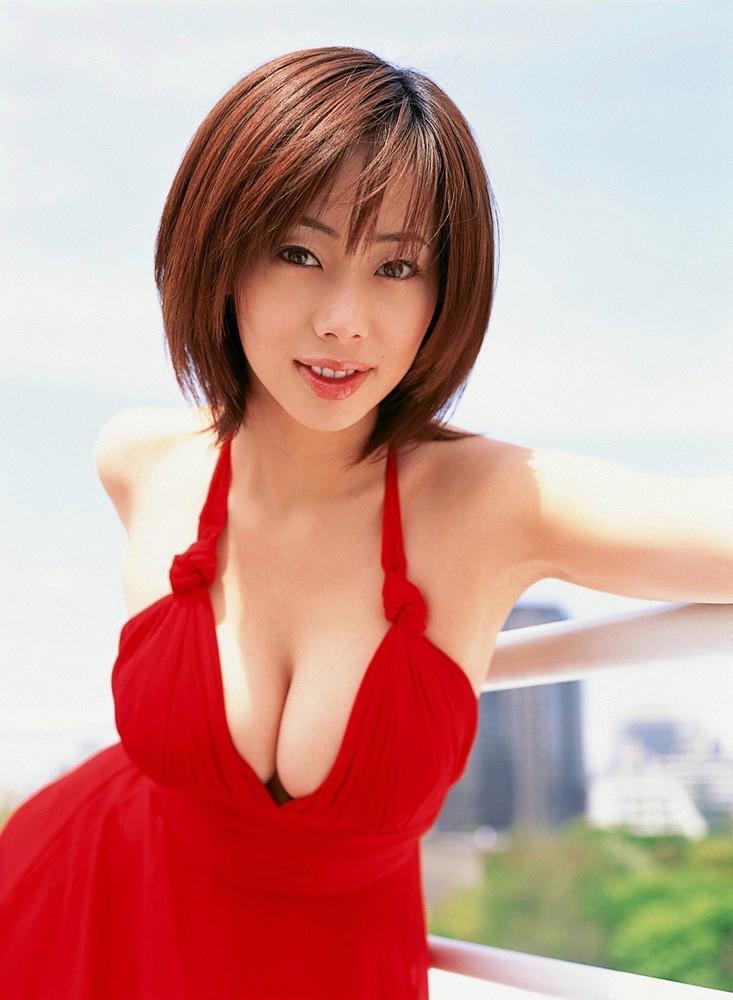 【井上和香グラビア画像】かつて「ワカパイ」と呼ばれたFカップ巨乳のグラビアアイドルの現在は? 37